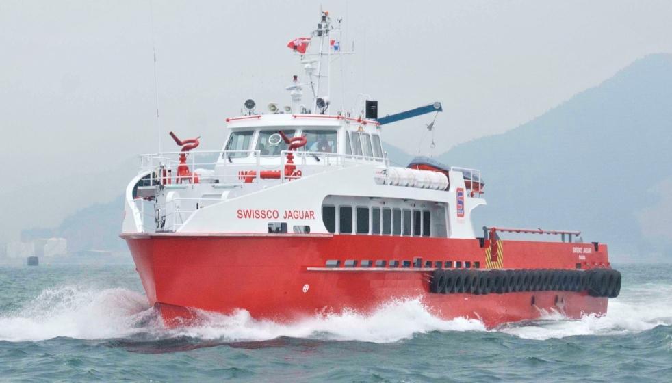 #5074 36m crew boat IMG_6205